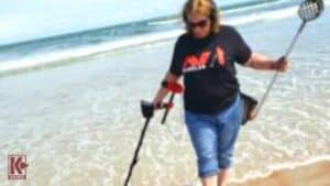 Kellyco Employee Carolyn Harwick Metal Detects On The Beach