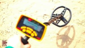 Metal Detector for Gold, Relics, or Jewelry